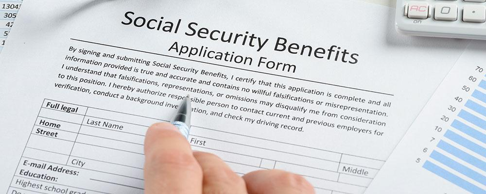 How is social security income affected by divorce?